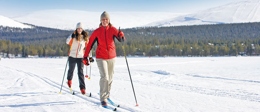 finland_lapland_yllas_cross-country-skiing.jpg